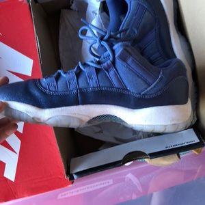 be7f92b78f2c28 Jordan Shoes - Air Jordan 11 Retro Low GG